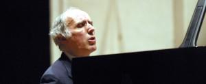 Accademia Musicale Chigiana - 10.03.2003-Concerto del M°B.Canino Photo by pietro cinotti©2003
